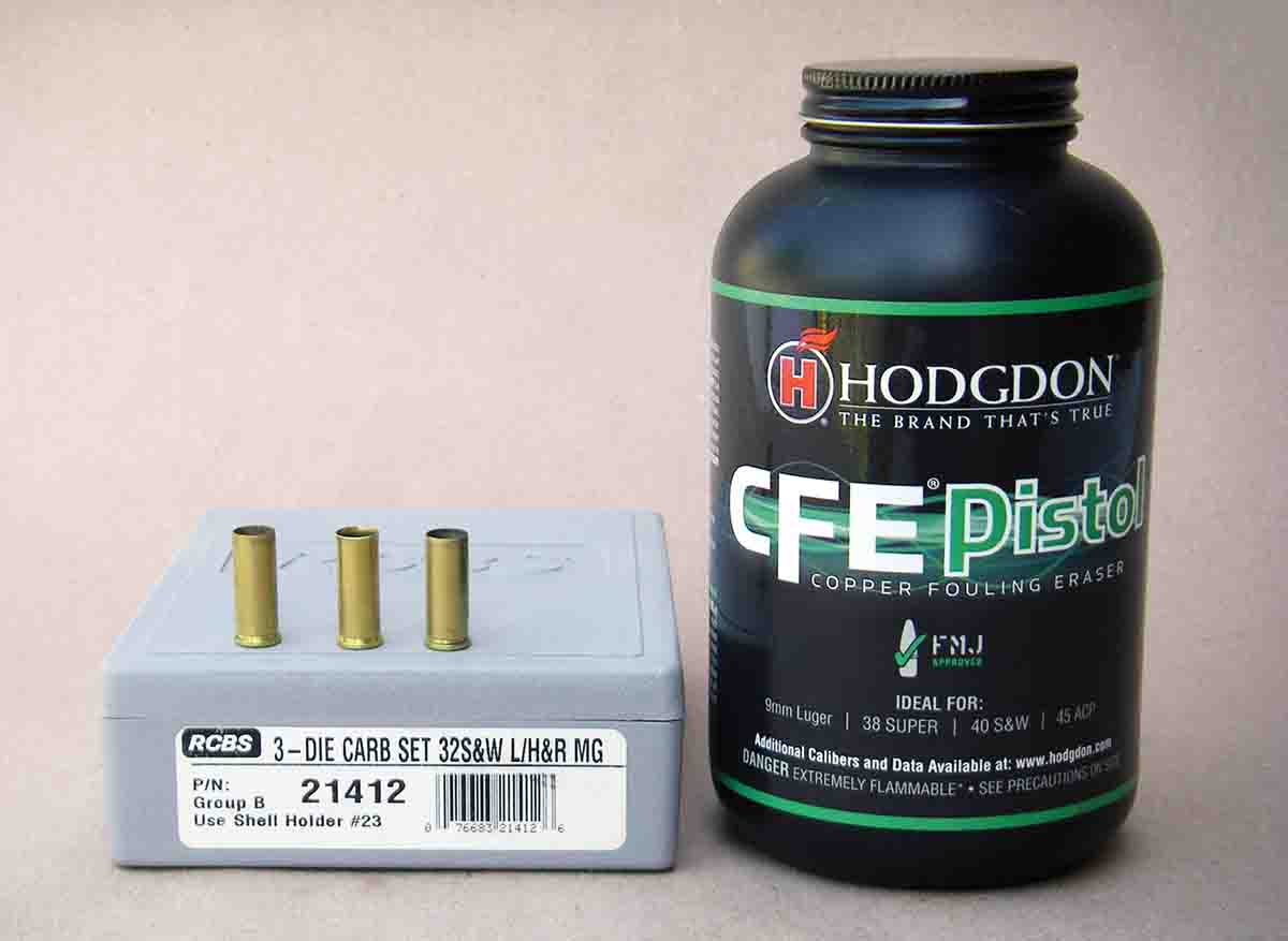 Hodgdon CFE Pistol powder can be used with wadcutter bullets in the .32 S&W Long.