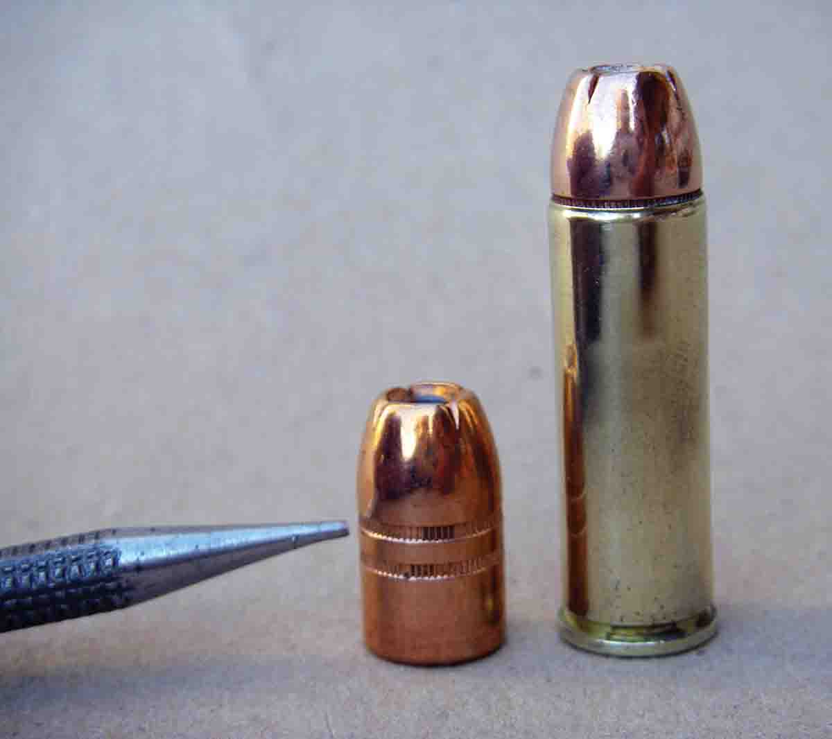 The popular Hornady 300-grain XTP-MAG should be crimped on the upper crimp groove to achieve the proper overall cartridge length.